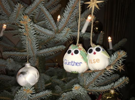 tolle-originelle-kreative-idee-fu%cc%88r-geschenk-zu-weihnachten-fuer-oma-opa-mama-papa-bruder-schwester-onkel-tante-und-die-ganze-familie