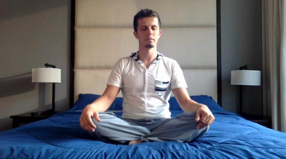 Meditation lernen fuer anfaenger anleitung im sitzen liegen stehen gehen - Meditationsuebungen kostenlos aus dem buddismus