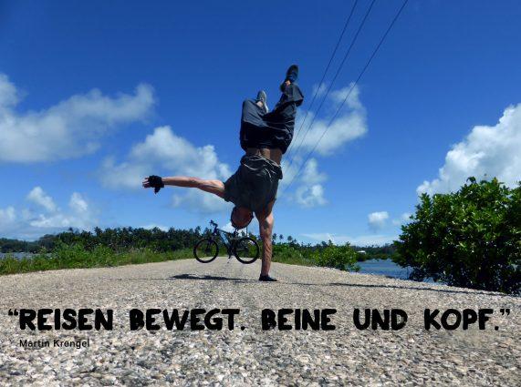 Reisen bewegt. Beine und Kopf.